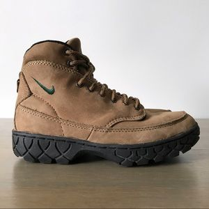 Nike Hiking Boots Vintage Women's